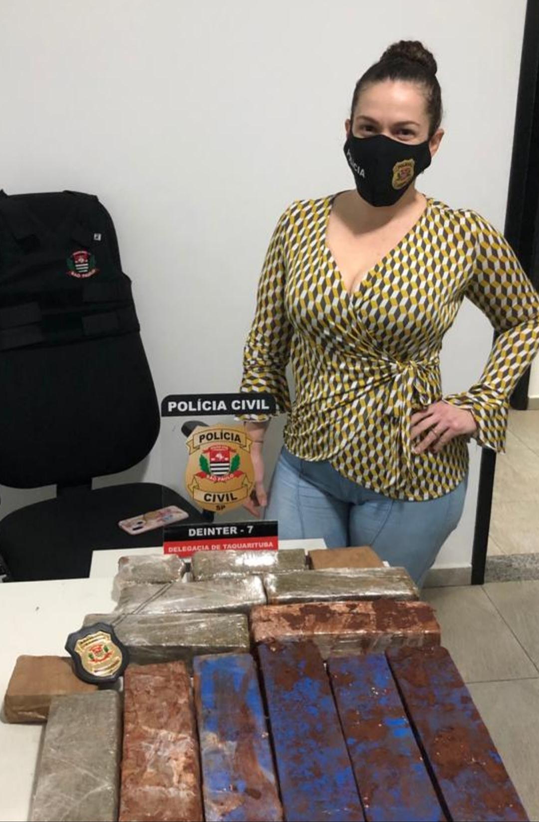 Polícia Civil de Taquarituba apreende 13 kg de maconha, além de crack e cocaína