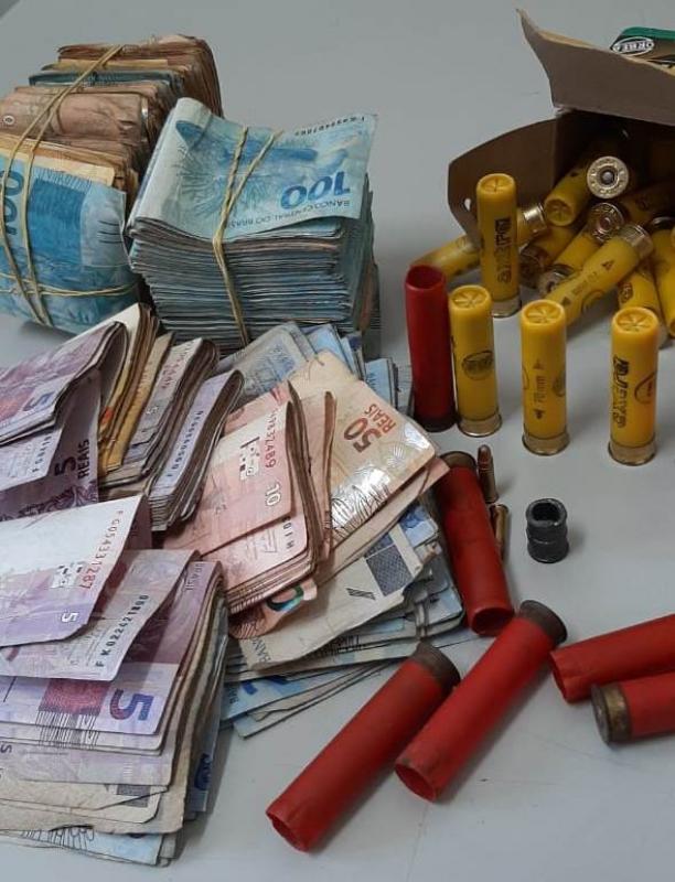 Polícia Militar prende líder do tráfico em Lençóis Paulista com  munições e R$ 50 mil