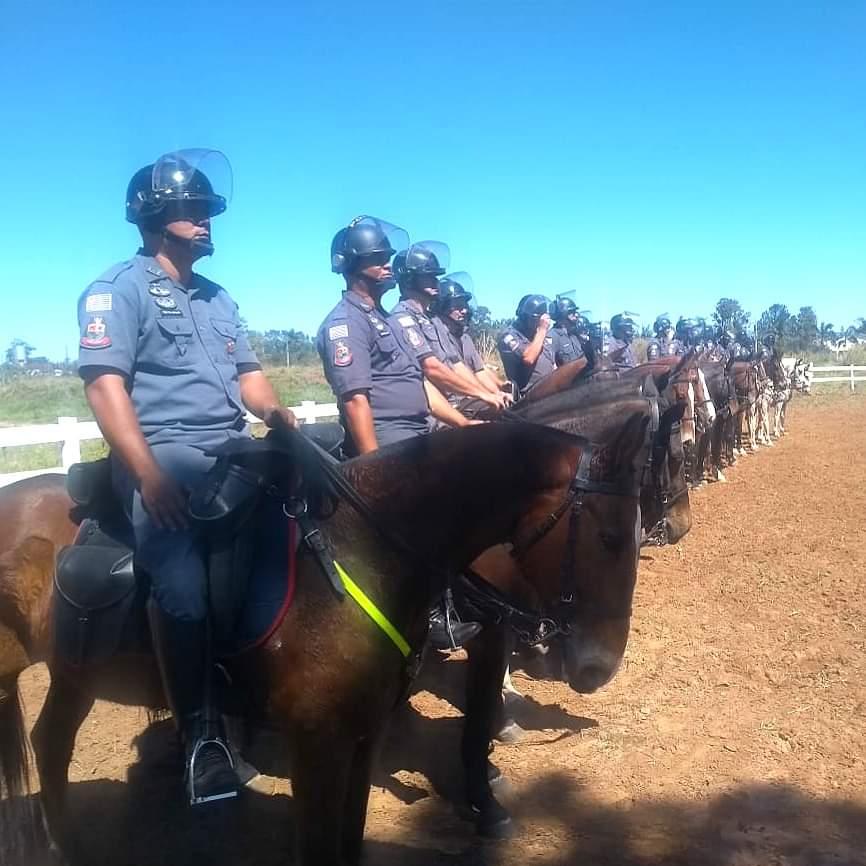 Pelotão de Cavalaria de Avaré realiza treinamento.