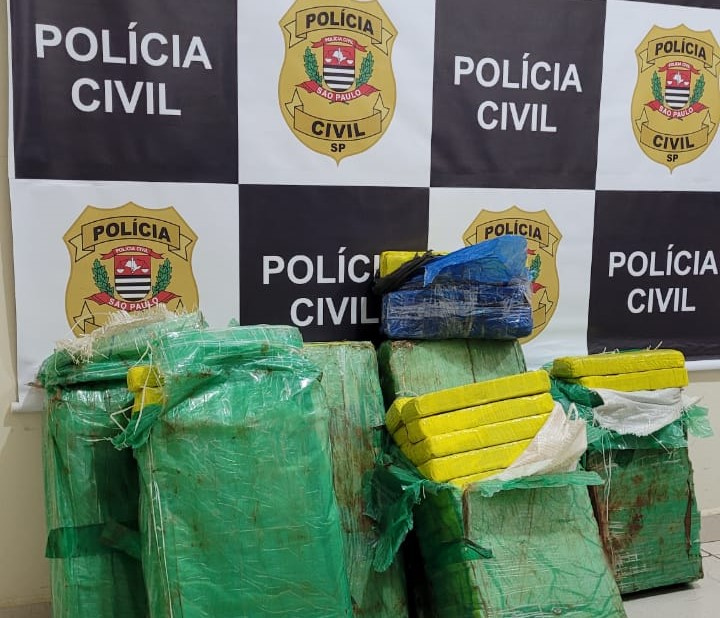DISE de Avaré prende dupla que transportava 170 tijolos de maconha na Rodovia Raposo Tavares