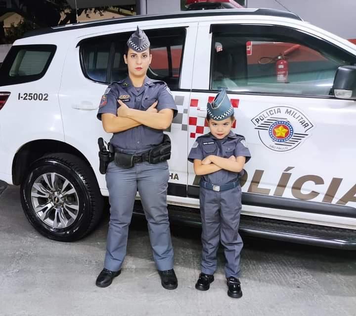 Admiradora da Polícia Militar, garotinha de 6 anos é presenteada com farda e se torna a mais nova PM Mirim de Dracena